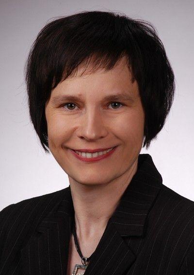 dr hab. Aleksandra Szydłowska-Czerniak, prof. UMK